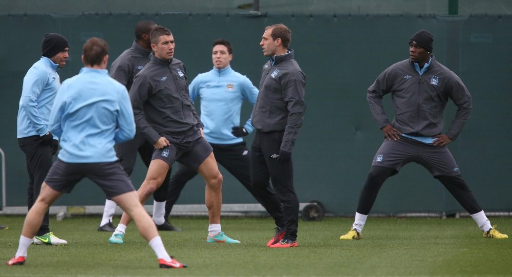man-city-training2-20-11.jpg