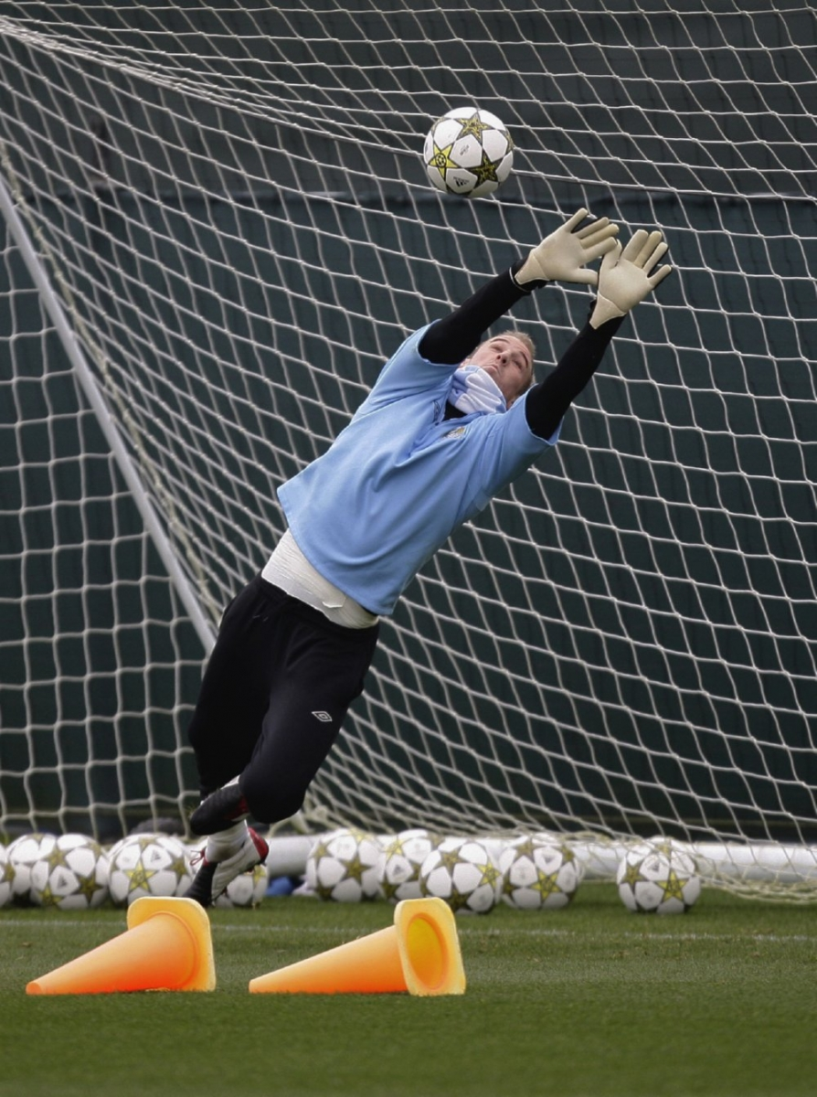 man-city-training5-20-11.jpg