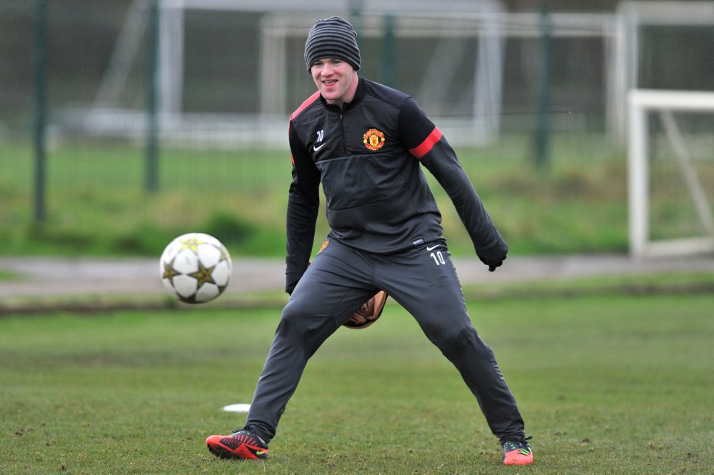 man-utd-training4-20-11.jpg