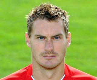 www.footballtop.com/sites/default/files/photos/players/010267983435200.jpg
