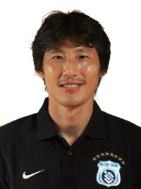 Park Dong-Hyuk photo