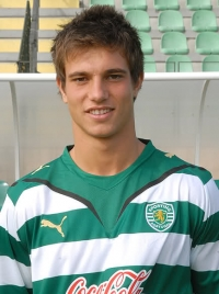 Cédric Soares photo