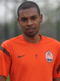 Fernandinho photo