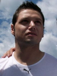 Mauro Zárate photo