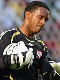 Shaka Hislop photo